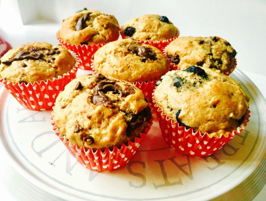 Muffin senza zucchero mirtilli e cioccolato